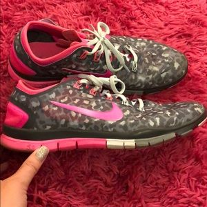 Nike Free TR Connect 2 running athletic shoes